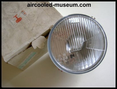 Saturnus 74-79 headlight 111 941 039 Q
